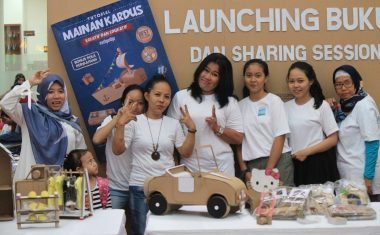 Launching Buku Tutorial Mainan Kardus di Bintaro X-change
